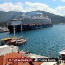 Duizenden toeristen uit VS en VK meren tegelijk aan in Turkije