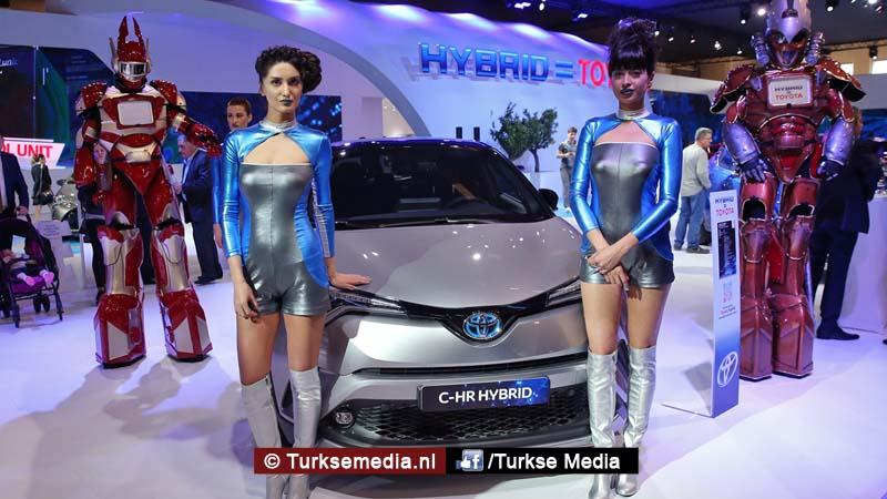 Istanbul krijgt nieuwste auto's over de vloer tijdens Autoshow 20171