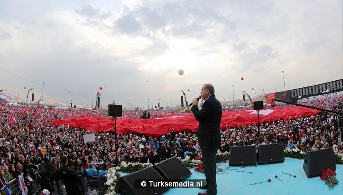 Miljoen Turken roepen 'ja' tijdens megacampagne Istanbul3