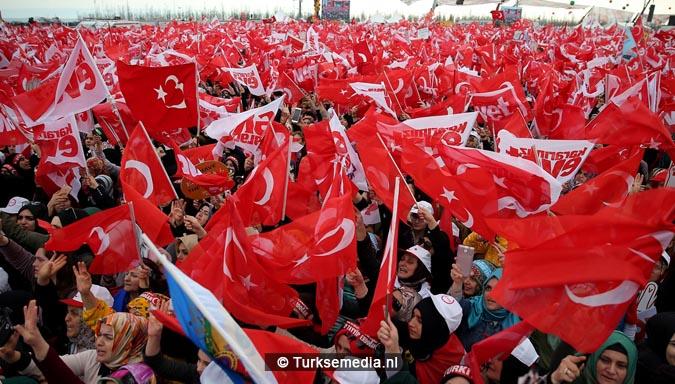 Miljoen Turken roepen 'ja' tijdens megacampagne Istanbul5
