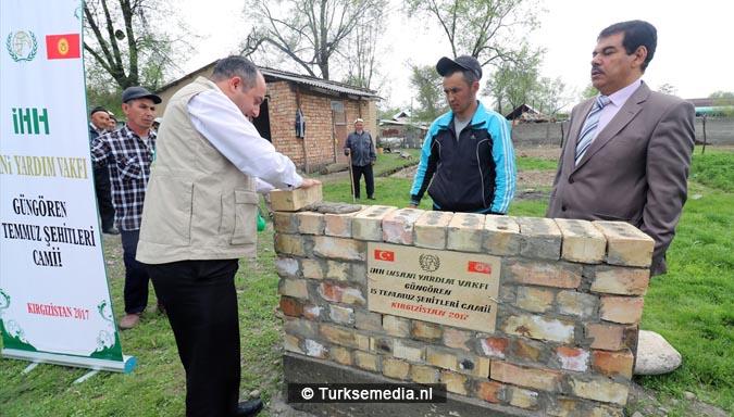 Turken starten bouw drie moskeeën in Centraal-Azië2