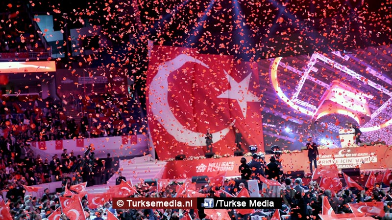 Turken stemmen 'ja' voor een nieuw Turkije