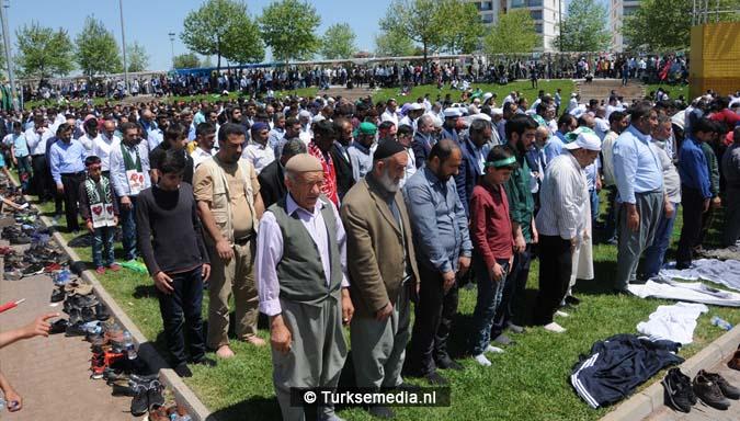 Turkse Koerden massaal bijeen voor herdenking profeet (exclusieve fotogalerij)14