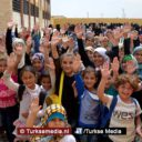 Deze Syrische kinderen in Bab gaan dankzij Turkije weer naar school: 'Bedankt'