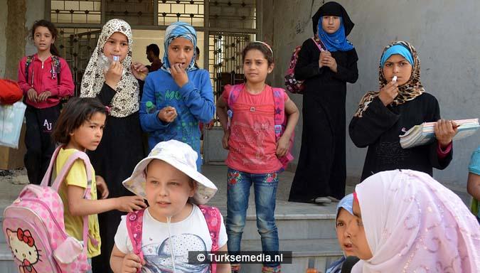 Deze Syriërs in Bab gaan dankzij Turkije weer naar school 'Bedankt'3