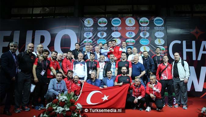 Het regent goud voor Turkije tijdens EK's1