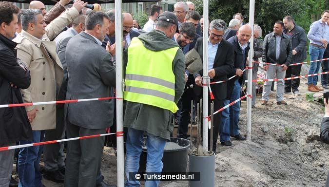 Krachtige boodschap tijdens bouw nieuwe Turkse moskee Den Haag10