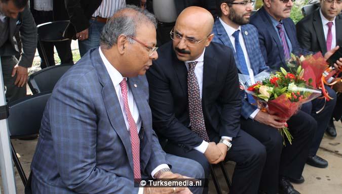 Krachtige boodschap tijdens bouw nieuwe Turkse moskee Den Haag11