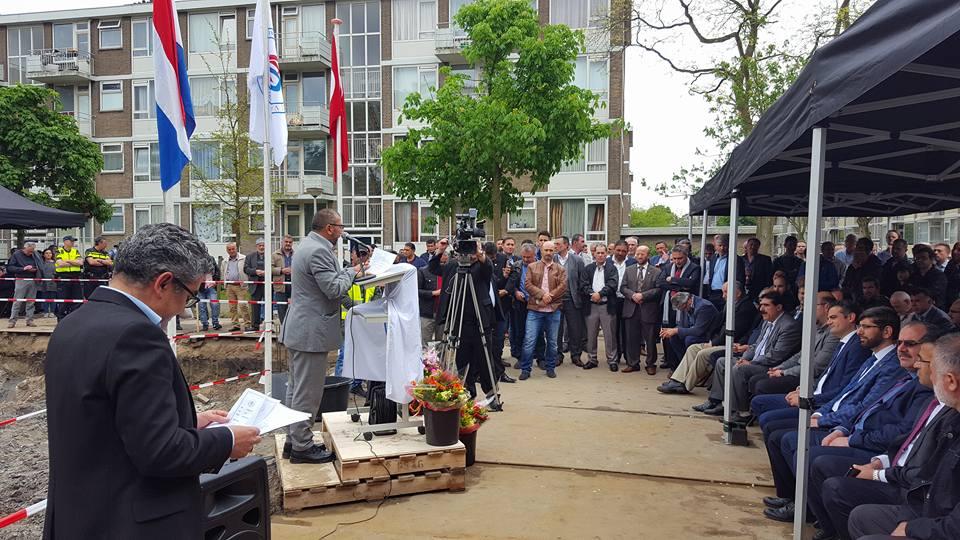 Krachtige boodschap tijdens bouw nieuwe Turkse moskee Den Haag13