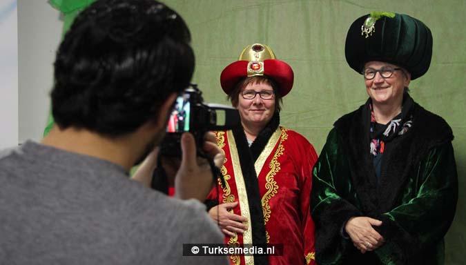 Open dag moskee brengt Nederlanders bijeen4