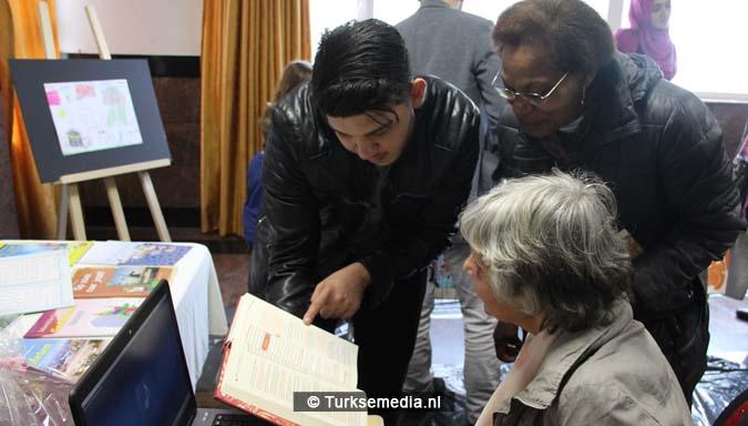 Open dag moskee brengt Nederlanders bijeen7