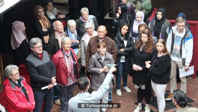 Open dag moskee brengt Nederlanders bijeen8