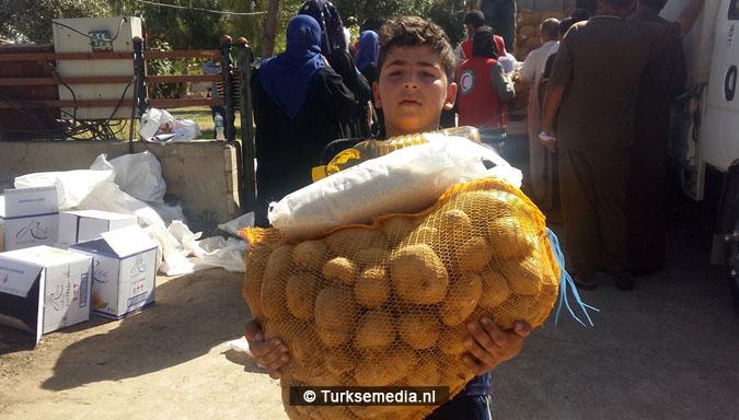 Turken arriveren in Mosul Ramadanhulp aan Irakezen (foto's)5