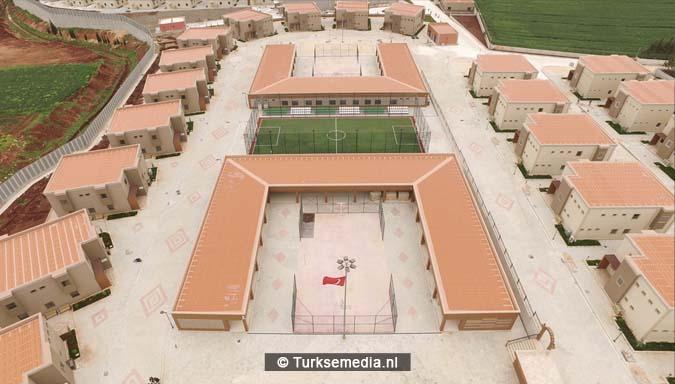 Turken bouwen grootste weescentrum ter wereld voor Syrische kinderen (FOTO'S + VIDEO)2
