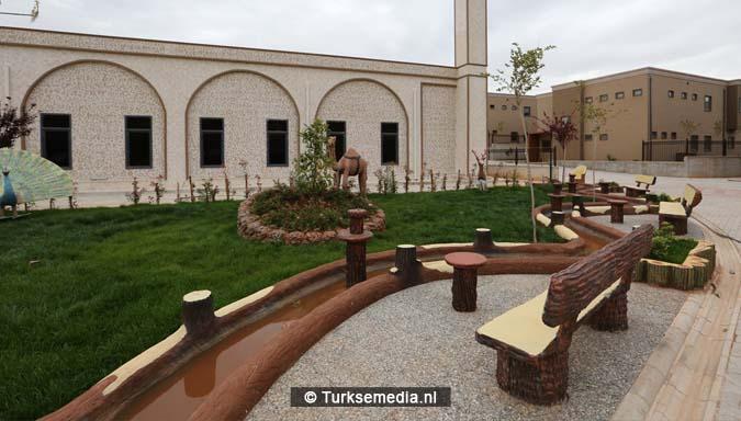 Turken bouwen grootste weescentrum ter wereld voor Syrische kinderen (FOTO'S + VIDEO)5