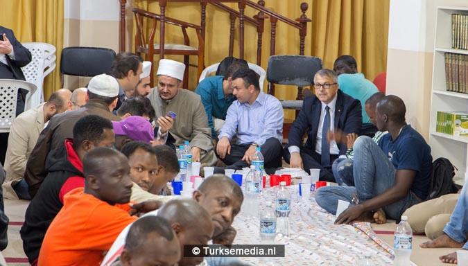 Turkije geeft iftar aan Afrikaanse moslims in Brazilië4