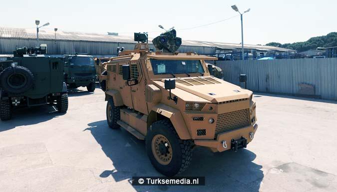 Turkije toont laserwapen tijdens defensiebeurs2