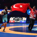 Turkish wrestler Metehan Basar wins gold at Paris 2017