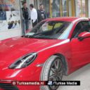 Turk krijgt gratis Porsche