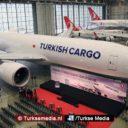 Turkish Airlines viert ontvangst nieuw type vliegtuig