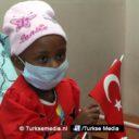 Turkije stuurt hulp en cadeaus naar Ethiopische kinderen met leukemie