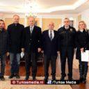 Turkse politie laat zijn humane gezicht zien, krijgt onderscheiding