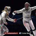 Turkse tiener Europees kampioen schermen, doet titel cadeau aan militairen