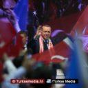 Turkse president opent aanval op rente: 'Weg met die plaag uit ons land'