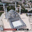Turkije voltooit bouw grootste moskee van Centraal-Azië in Bisjkek