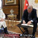 Familie Erdoğan schenkt offerdieren aan Diyanet