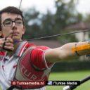 Turkse boogschutter (19) breekt Europees record
