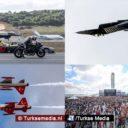 Turken dansen met jets en helikopters in de lucht tijdens megafeest Istanbul