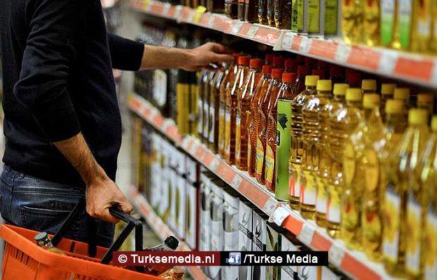 Turkije maakt korte metten met profiteurs tijdens valutaoorlog met VS
