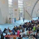 Nieuwe Turkse megamoskee Keulen trekt aandacht van niet-moslims
