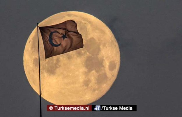 Turkije richt eigen ruimtevaartorganisatie officieel op