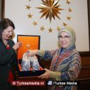 Hollandse boerinnen lovend over Turkse collega's, bezoeken vrouw Erdoğan