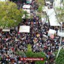 Oranjecarnaval in Adana trekt volle straten