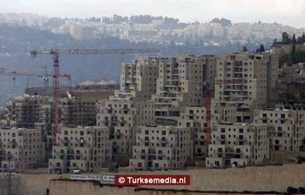 Rechtbank gooit Joodse kolonisten huis uit