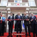 Turkse minister opent consulaat in Amsterdam