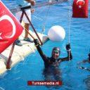 Turkse duikster vestigt nieuw wereldrecord