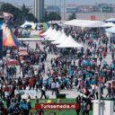 Turkse dieselmotor laat zich zien tijdens groot techfestival