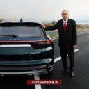 Erdoğan test Turkse 'auto van de eeuw'