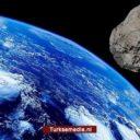 Enorme planetoïde scheert langs aarde