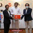 Turkije stuurt mondmaskers en voedselhulp naar Pakistan