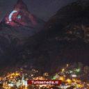 Zwitserland eert Turkse vlag met projectie op Alpen