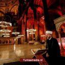 Griekenland stoort zich aan Koranrecitatie in oude moskee Istanbul