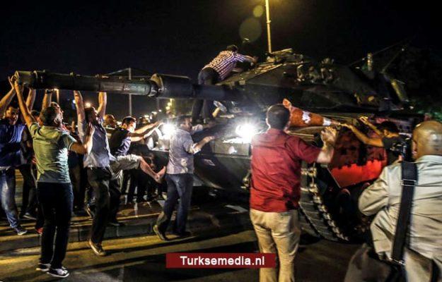 15 juli: zo ontplooide de grote Turkse volksmacht