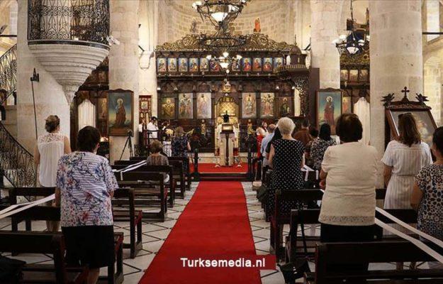 Christenen en joden genieten van vele gebedshuizen in Turkije