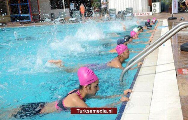 Frankrijk draait door: dameszwemmen gevaarlijk voor maatschappij