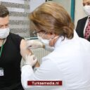 Turkse universiteit test zelfontwikkeld coronavaccin op proefpersoon